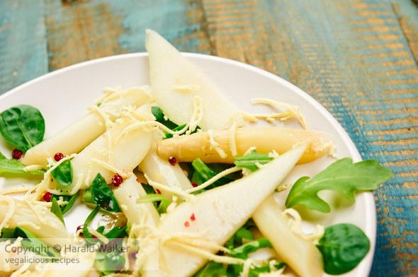 Spargel & Birnen Salat mit Brunnenkresse und Rucola